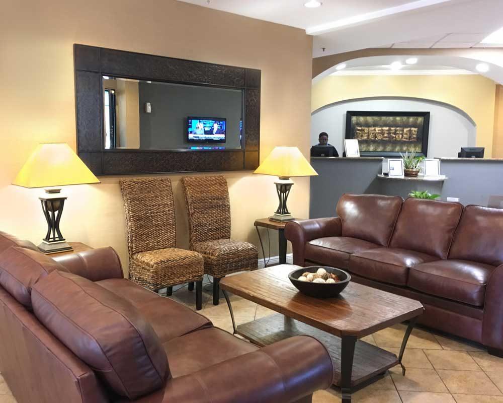 Orlando Hotel Suites The Enclave Hotel Amp Suites